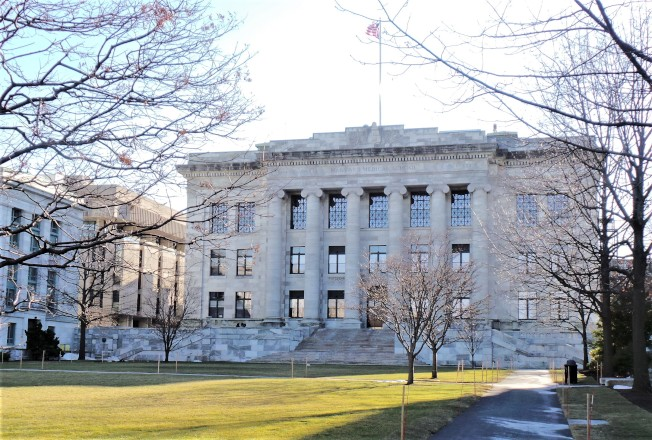 Harvard medical: Disaster hits Harvard Medical School facing financial deficit of 65 million yuan