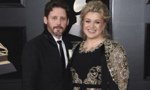 The first American idol marriage failed in 7 years Kelly Clayson divorced Brandon Black Stark